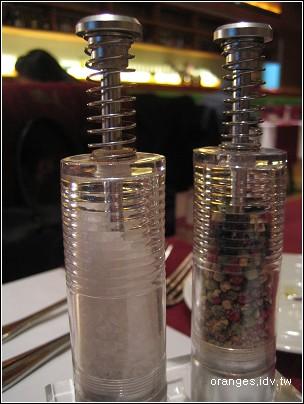 海鹽和胡椒罐