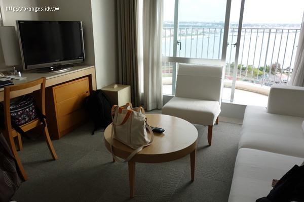 沖繩海灘塔飯店